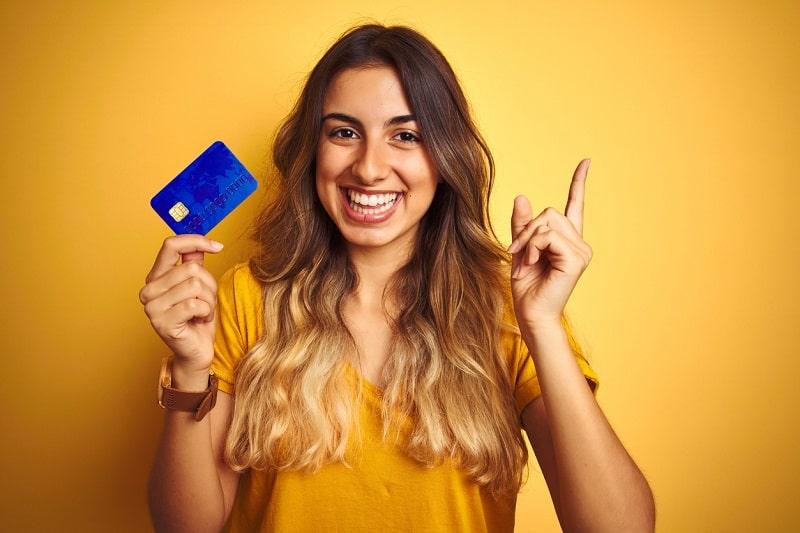 Cartão de crédito para negativado: como adquirir e como funciona!
