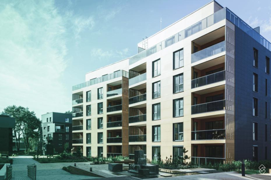 prédio com blocos de apartamento